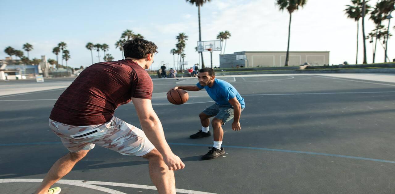 為你的孩子挑選合適的籃球班